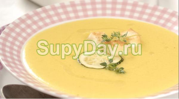 Суп пюре из картофеля с кабачком