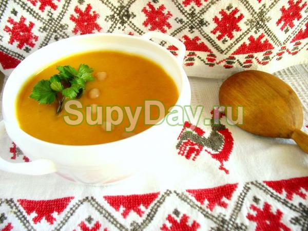 Суп пюре из картофеля с бобами (Каталонский)