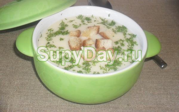 Суп пюре из картофеля с плавленным сырком в мультиварке