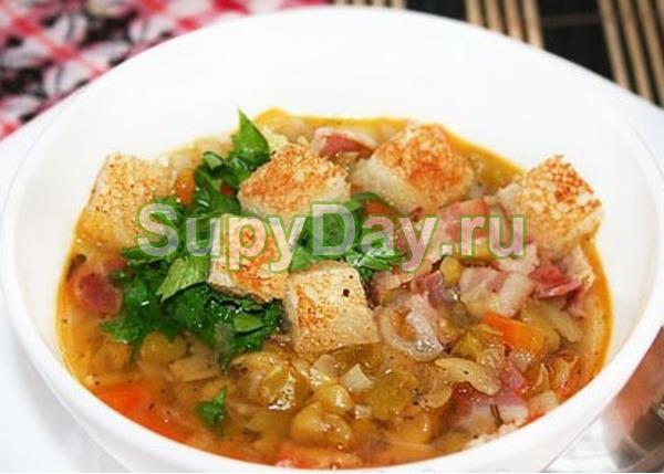 Рецепт горохового супа с копченой курицей на мясном бульоне