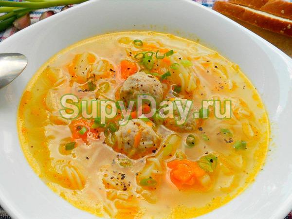 Суп с вермишелью и фрикадельками традиционный