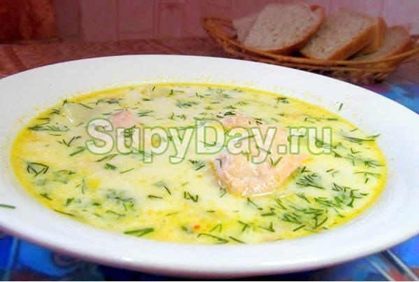 Классический суп из лосося со сливками