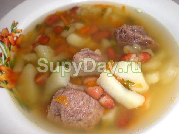 Вкусный и легкий супчик с говядиной и фасолью