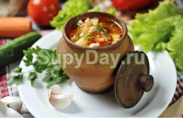 Суп с говядиной в горшочках