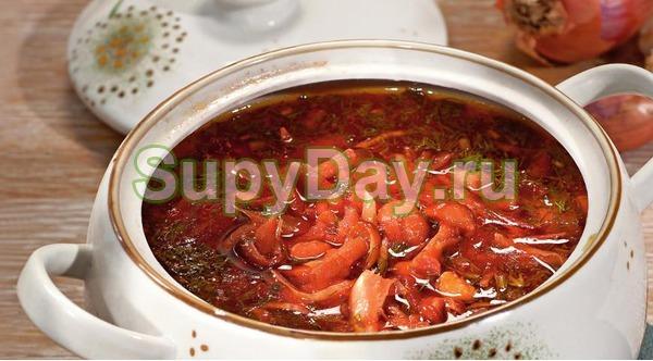Суп с шампиньонами и фасолью консервированной