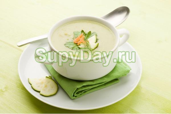 Суп из куриной грудки и овощей «Витаминный»