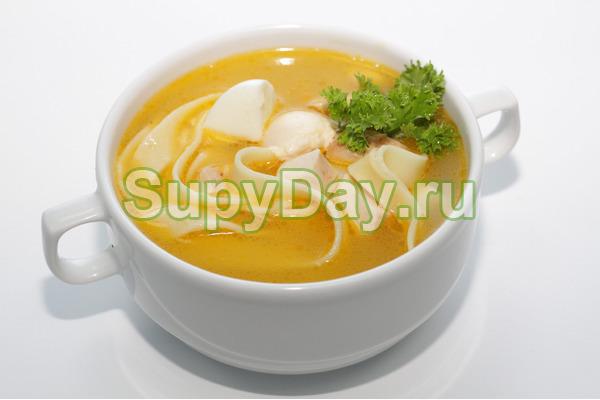 Куриный суп с лапшой в мультиварке