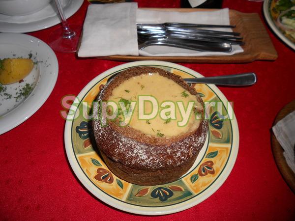 Пивной суп в хлебе