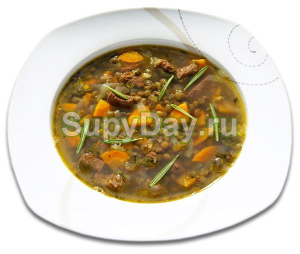 Суп из чечевицы с мясом, шалотом и розмарином
