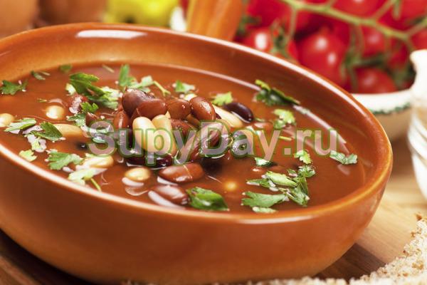 Суп из сельдерея и фасоли