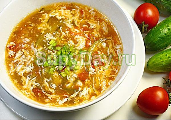 Китайский томатный суп с яйцом