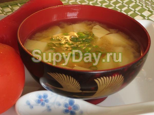 Классический мисо-суп с зеленью