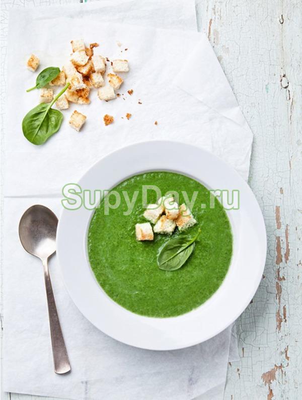 Суп из брокколи, цветной капусты и кабачков