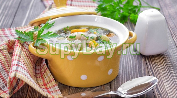 Гречневый суп с грибами и тушенкой