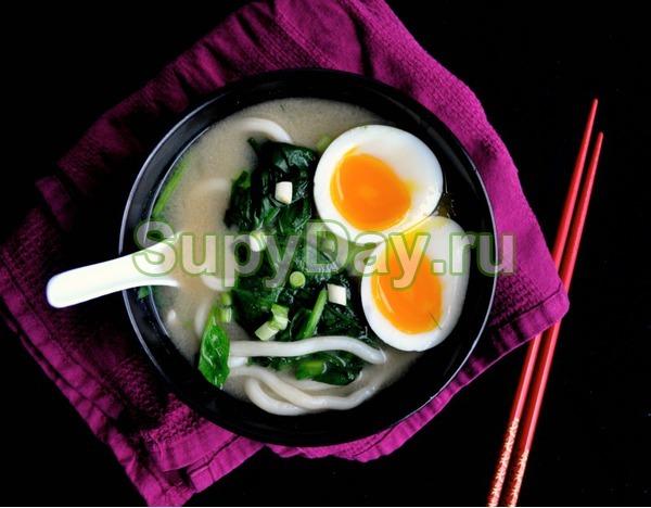 Суп с лапшой по-японски