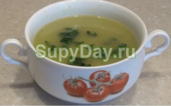 Суп пюре из кабачков с зеленью