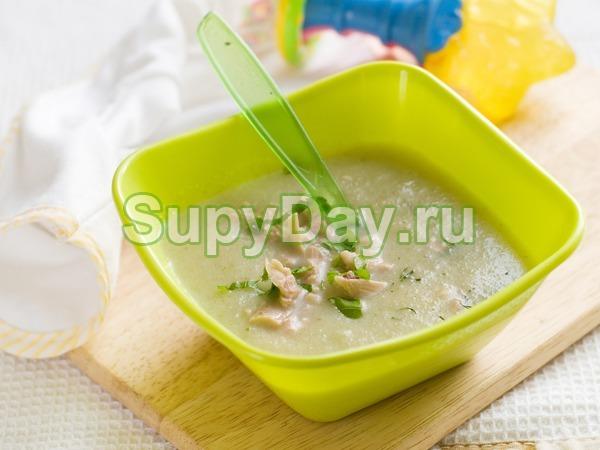 Суп пюре из кабачков с куриным филе