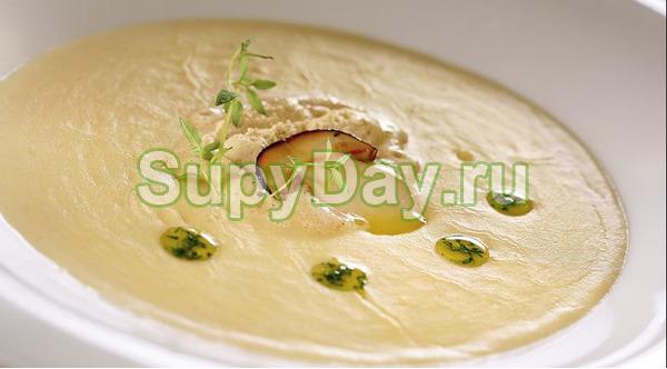 Суп с тремя видами грибов