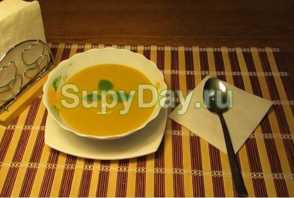 Суп пюре из кабачков с картофелем и помидорами