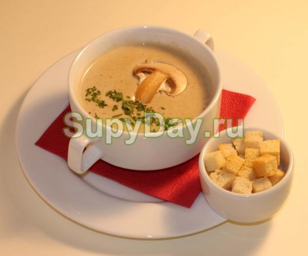 Крем-суп на основе плавленого сыра