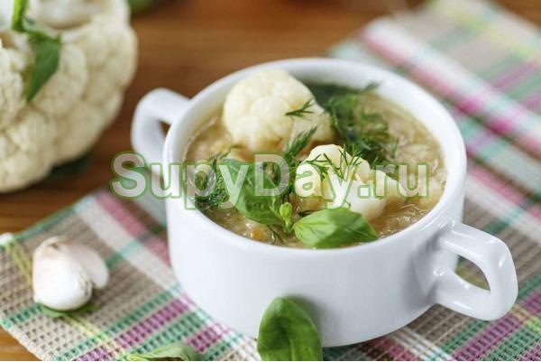 Суп из цветной капусты с заправкой