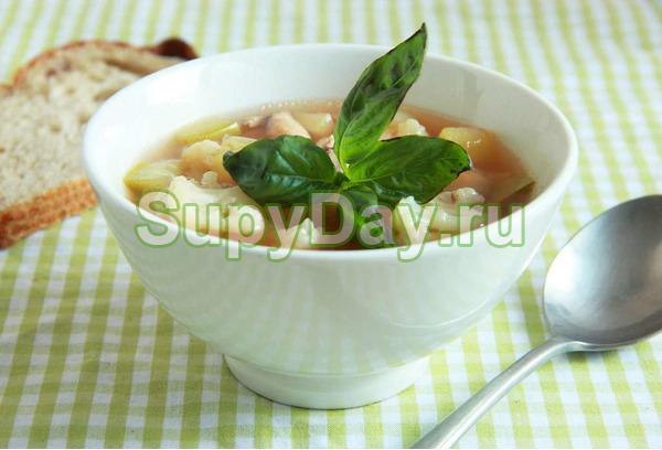 Говяжий суп с цветной капустой и фасолью