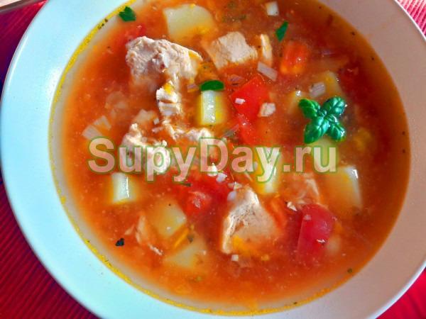 Томатный картофельный суп с мясом