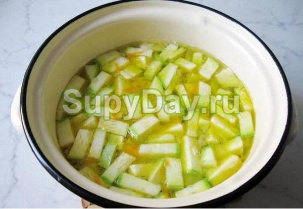 Кабачковый суп с картошкой и плавленым сырком