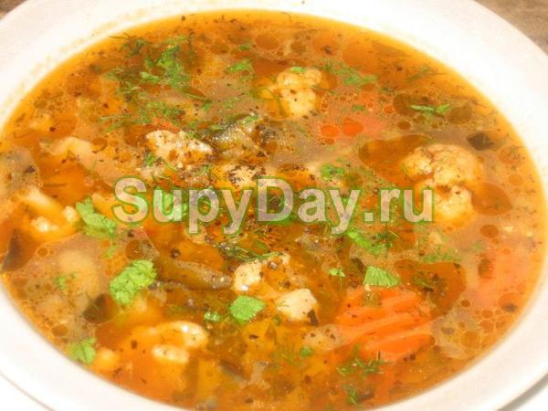 Суп из мультиварки с кабачком, картошкой и с цветной капустой